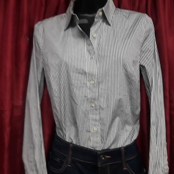 afc9213a3946c NWT Haberdashery JCrew Women s Slim Fit Shirt XS